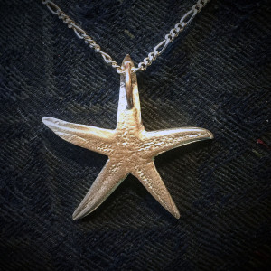 Little Starfish Pendant back