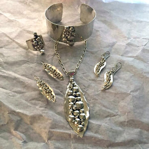 River Rock Jewelry Set